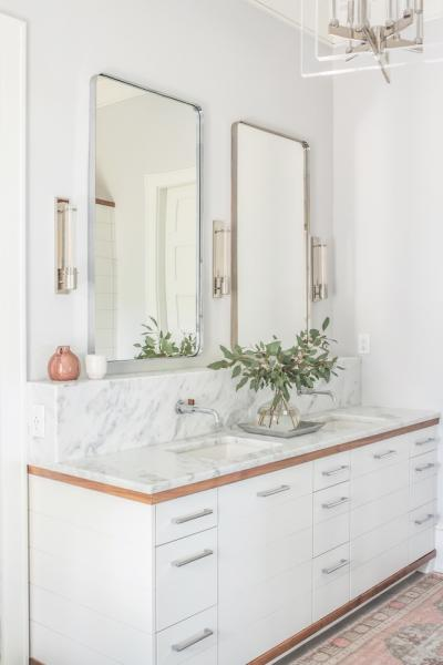 minimalism and the master bath