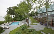 Viiew_of_Lake_Michigan_from_North_Shore_backyard
