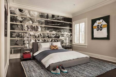 Garrison Hullinger, older boy's bedroom