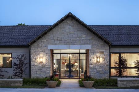 Stone exterior of Texas breezeway for custom home